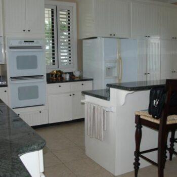 Fowl-Cay-Villa-Resort-kitchen