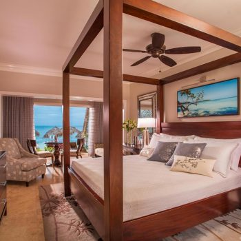 Sandals-Negril-Luxury-Room