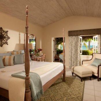 Sandals_Halcyon_Beach_Resort_Room