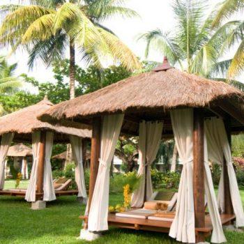 Sandals_Halcyon_Beach_Resort_grounds